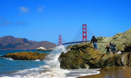 貝克海灘上的金門大橋