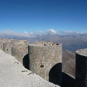 I fortini sulla cima