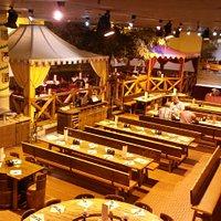Salão principal do restaurante.