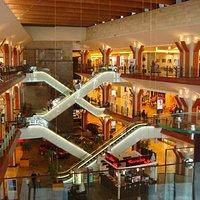 Iulius Mall inside