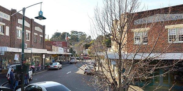 Eaglemont Village street scene