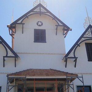 As torres do castelinho de madeira