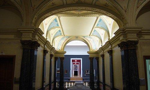 Suermondt Ludwig Museum: main stairway and galleries