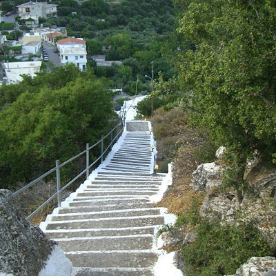 Steps up Kastelos Hill to Stavros Chapel
