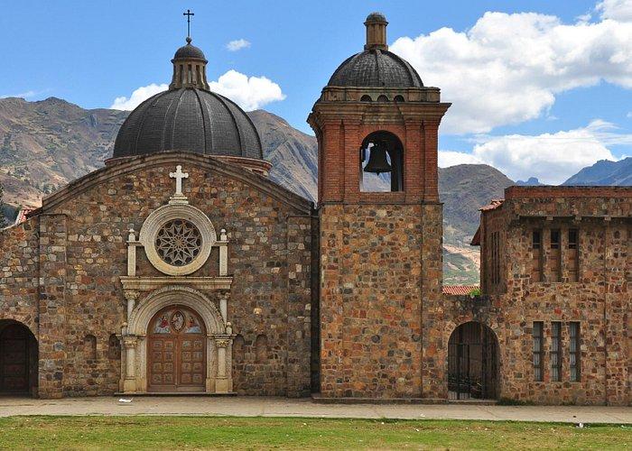 Pomallucay church