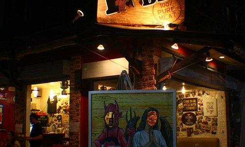 Famous Restaurant @ D Mall