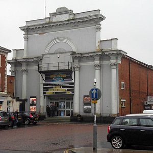 Hollywood cinema Dereham - exterior