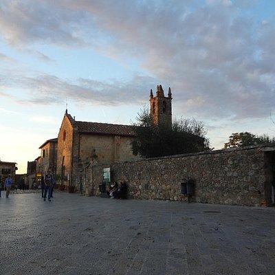 Praca da Cidade de Monteriggioni!!!