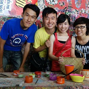 A special city tour to Bat Trang pottery village