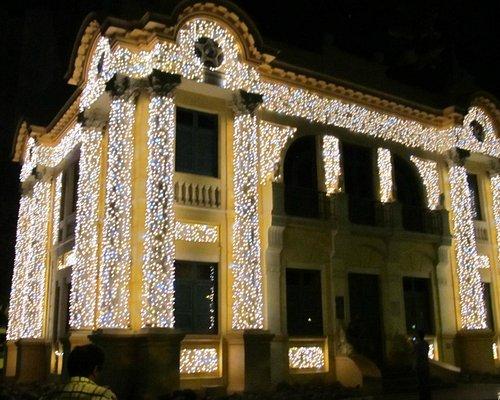 Festival de luzes no Museu Municipal de Uberlândia  |  Praca Clarimundo Carneiro, 67, Uberlândia