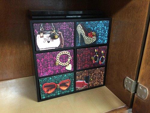 6 drawer box