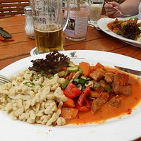 Pork with peppers and Spätzle