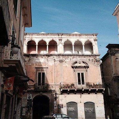 Palazzo De vita- De Luca