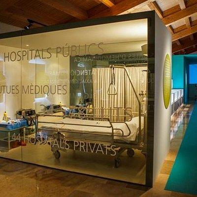Escenografía de un hospital actual. Autor J. Gallego