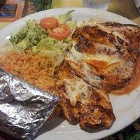 Chicken rice, guacamole and tortillas