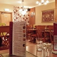 Interior of the Banna Thai is a relaxing environment with mellow music
