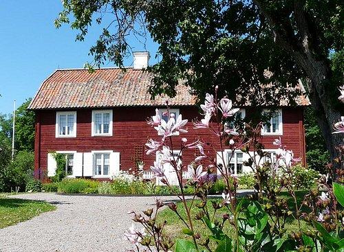 The main building at Linnaeus Hammarby