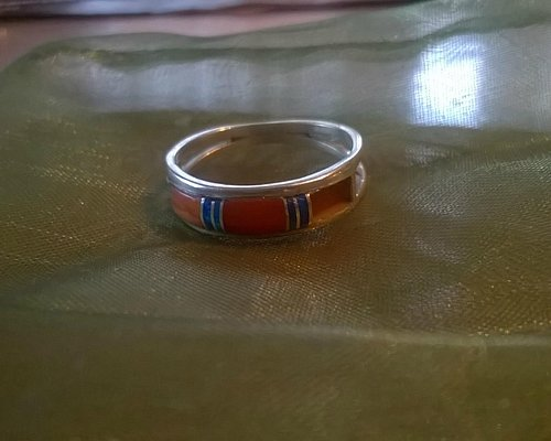 A ring bought by Sorella Gallery where a stone fel out in only one day.