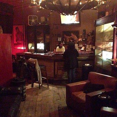 Diamantes Brooklyn Cigar Lounge!