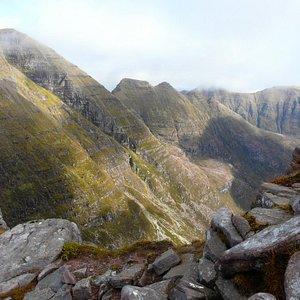 Beinn Alligin summit view