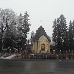 Часовня при храме на 10-м км Дороги Жизни