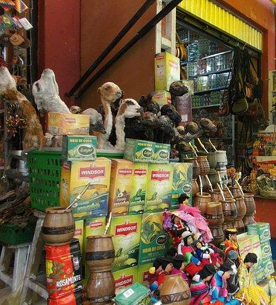 La Paz, Bolivia, Mercado de Las Brujas. Esoterismo y superstición.