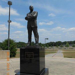 MLK Park statue