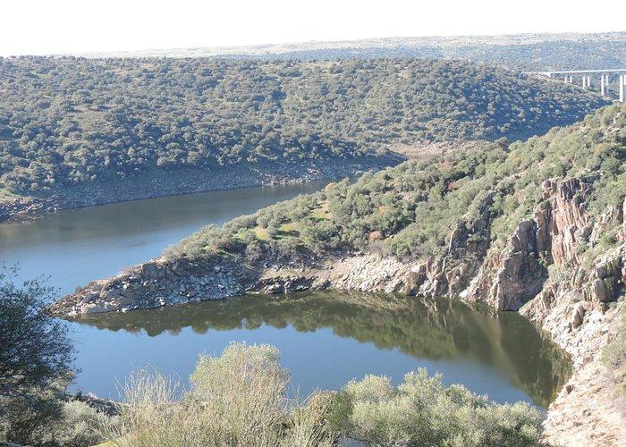 Ruta castro del Castillejo en Santiago del Campo