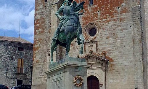 Iglesia de San Martin, Trujillo
