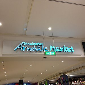 entrance from Arndale Mall