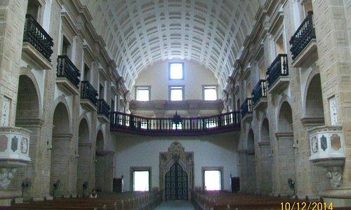 Colunas e teto