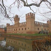 castello manzoli