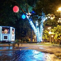 Praça Joaquim Lúcio Decorada para o Natal