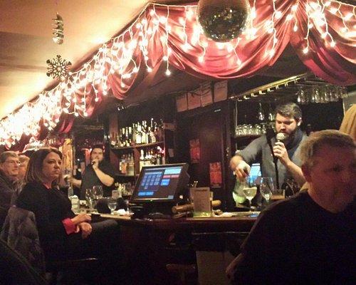 Amazing singing wait staff!