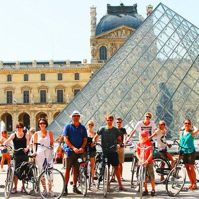 Fietsen in Parijs - Louvre
