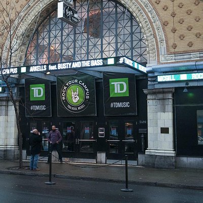 Corona Theatre, Montreal (Nov 24,2014)