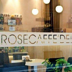 Caffè delle Rose shop window