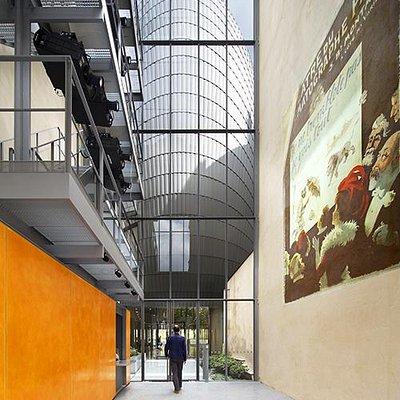 Le hall de la Fondation Jérôme Seydoux-Pathé.