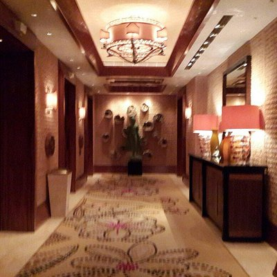 Luxurious deco. Best spa in Macau.♤