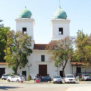 Linda igreja junto ao Pueblito de Los Dominicos