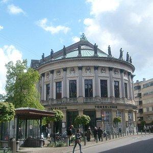 bourla-theater-bourlaschouwbur.jpg?w=300&h=300&s=1