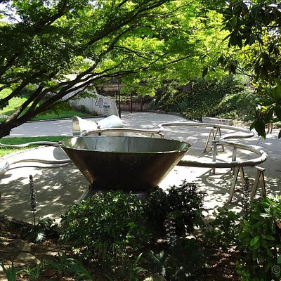 Here you can see just some of the hidden sculptures within Jardin Tino Rossi, surrounded by many