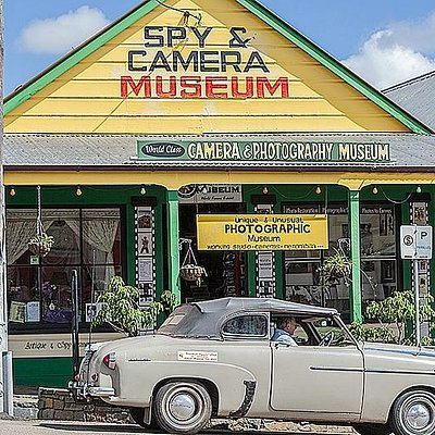 Car club visiting Herberton Spy & Camera Museum