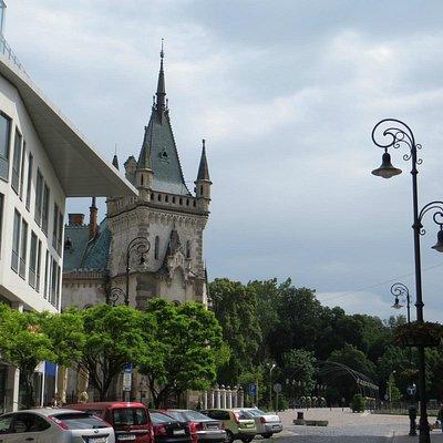 башня дворца Якуба