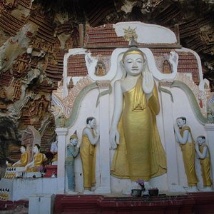 A Buddha Statue in the cave