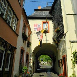Graacher Tor Stadtseite