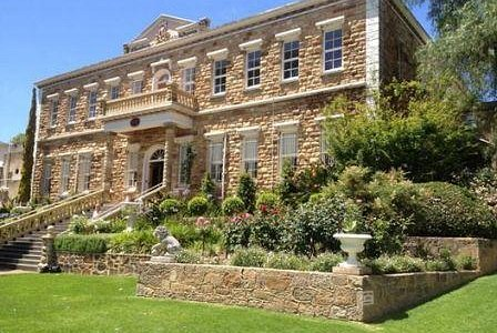 beautiful and historic buildings of the Barossa Valley