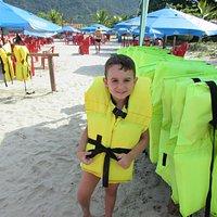curtindo a praia