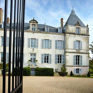 Le Château de Chamirey - The Château de Chamirey