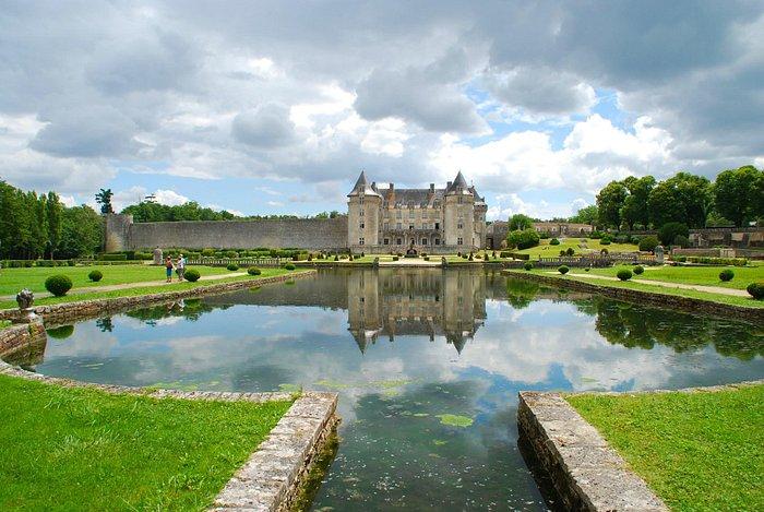 Chateau de La Roche-Courbon